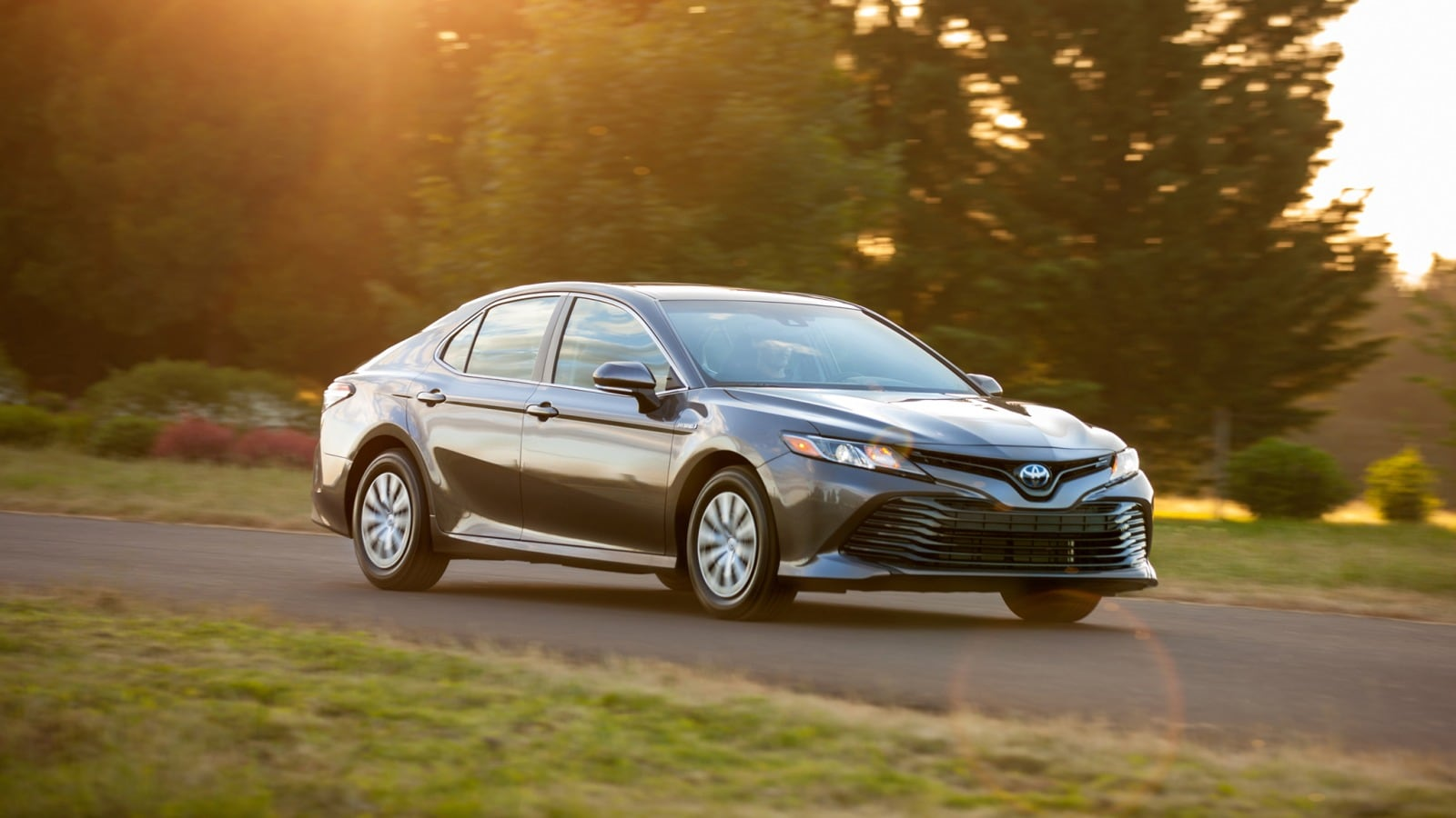 brand new toyota camry price in australia all headlightmag 2019 hybrid pricing features ratings and reviews edmunds