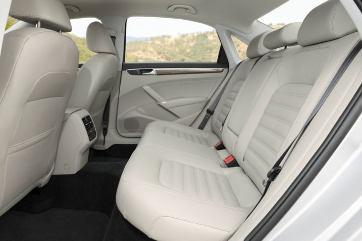 toyota 4runner captains chairs big with ottoman 12 useful car features that parents shouldn t overlook edmunds