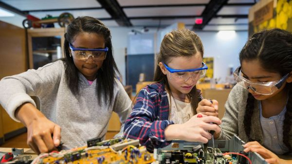 Implicit Bias In Stem Classroom Edutopia