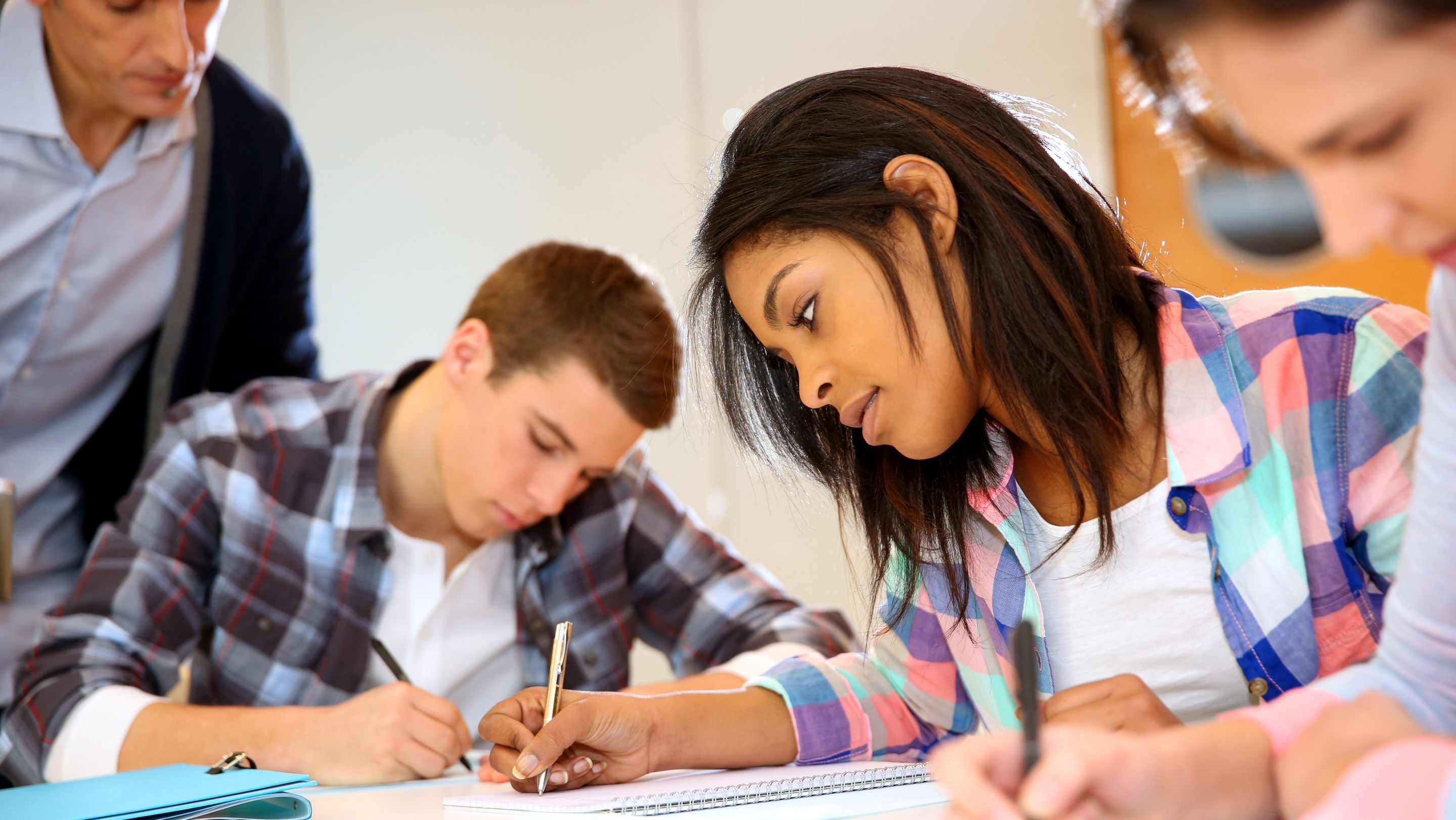 6 Tips For Teaching Poetry Writing To Teens