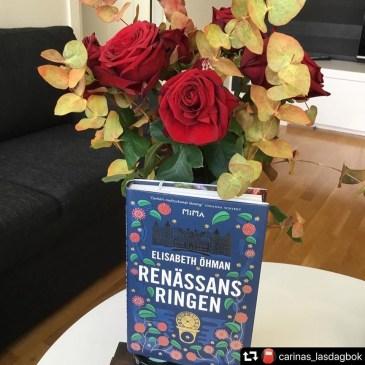 """@carinas_lasdagbok: """"Håller med – det är oerhört medryckande läsning""""!"""