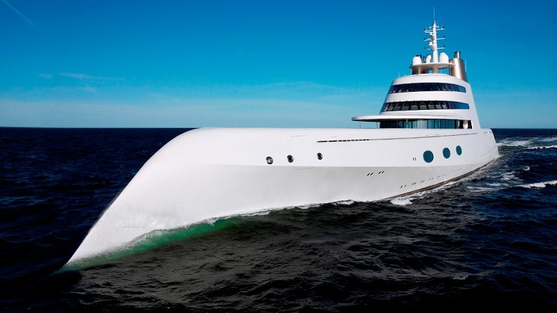 Yacht For The Russian Billionaire English Russia