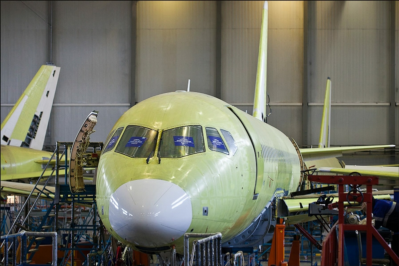Resultado de imagen para Sukhoi SSJ100 titanium