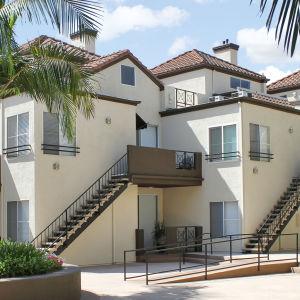 Burbank apartments