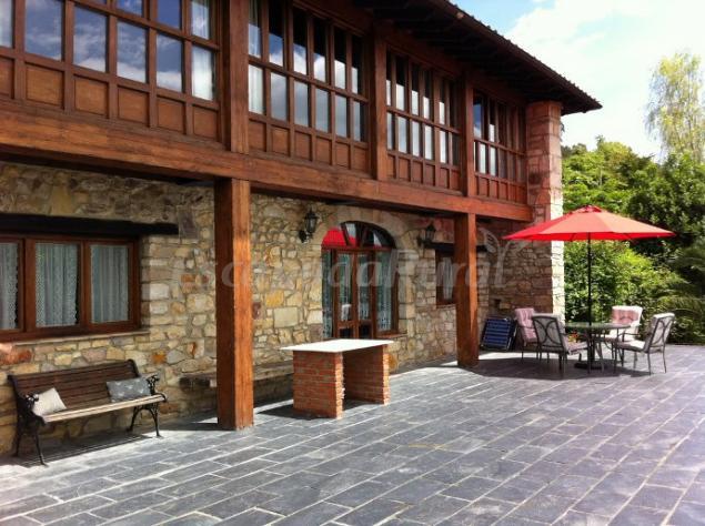 Casa Rural El Alloro  Casa rural en Llanes Asturias