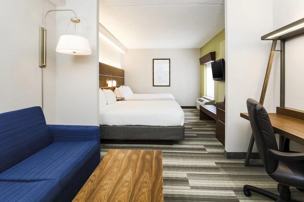 Holiday Inn Express Philadelphia Ne Langhorne Bucks