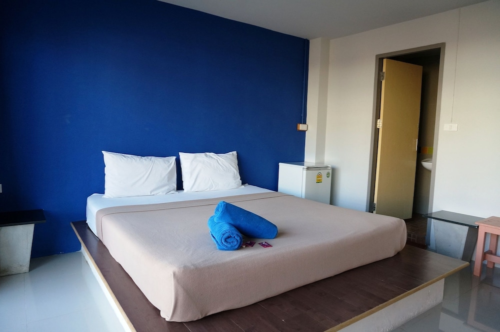 Nong New Guest House Cha Am Price Address Reviews