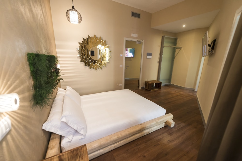 Irooms Central Station Rome Price Address Reviews