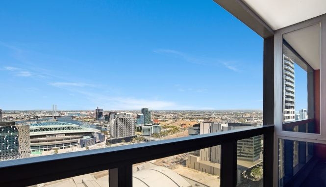 Ifstays Upper West Side Apartments Melbourne 𝐇𝐃