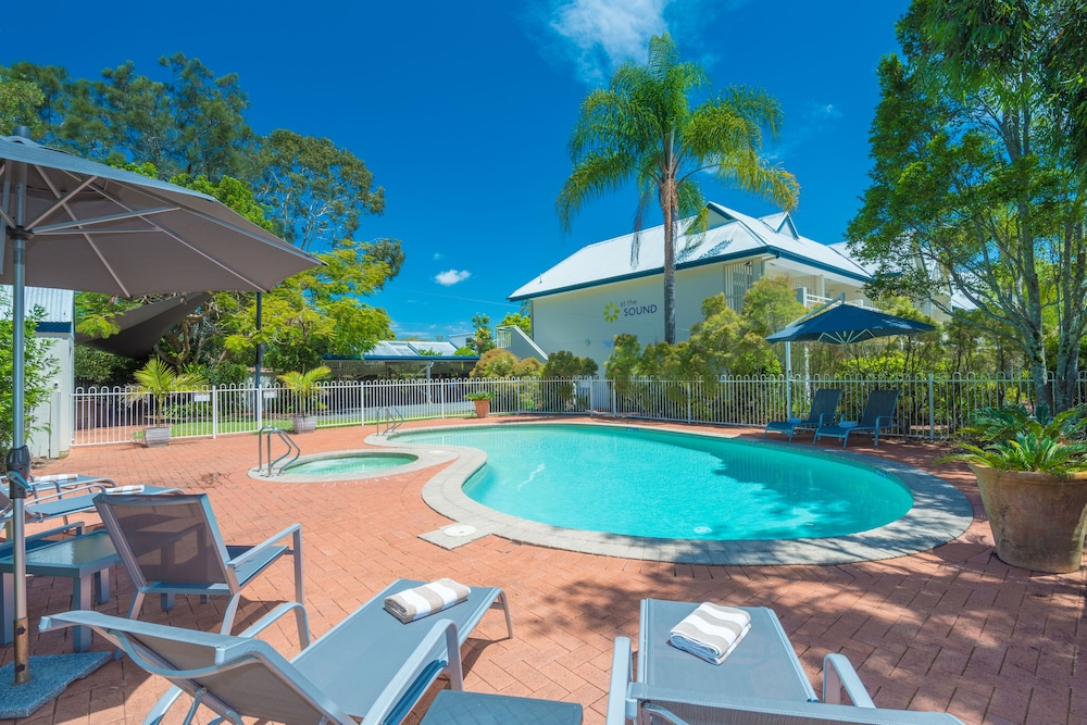 Sunshine Coast Hotels Book Hotels In Sunshine Coast Rs