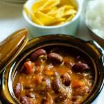Het böngryta med currysmak