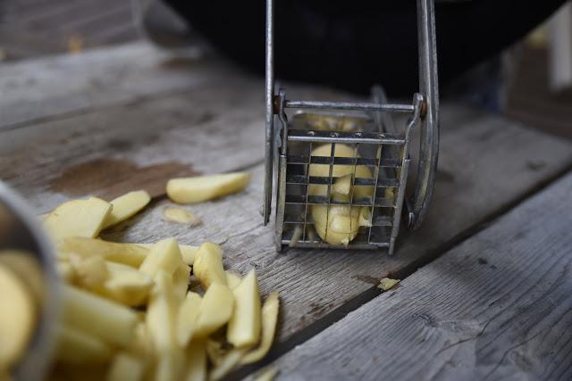 Pommes frites och farfars potatismaskin
