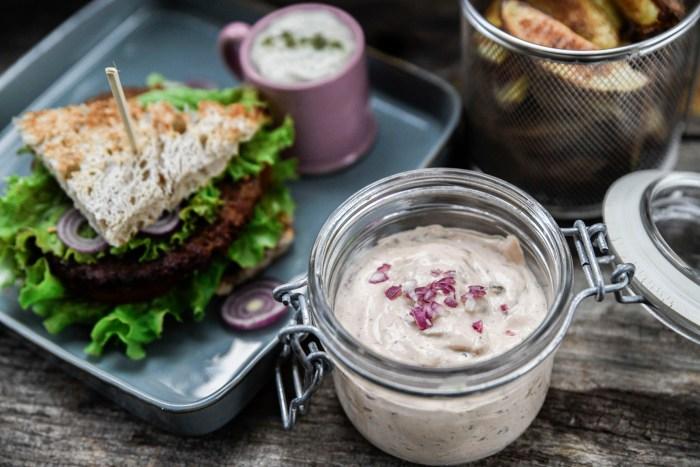 Egen hamburgerdressing – enkelt och gott