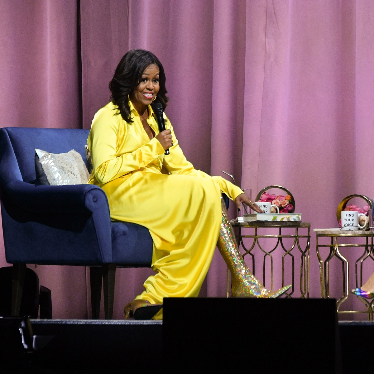 Michelle Obama  Becoming  Look da diva per la presentazione del libro