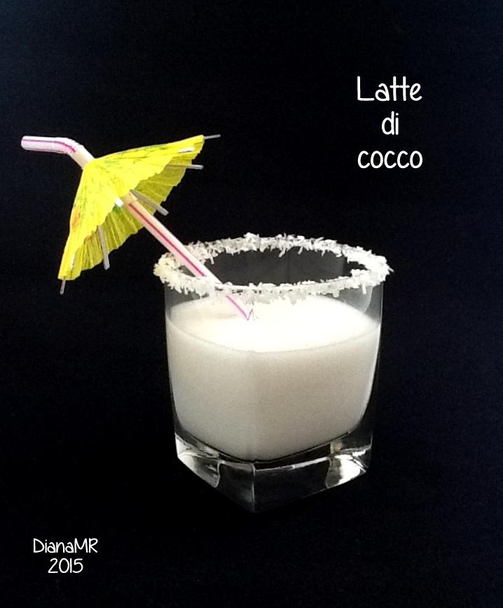 Succhi Centrifughe E Smoothies Con Il Latte Di Cocco