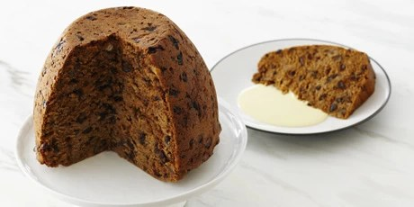 https://i0.wp.com/media.foodnetwork.ca/recipetracker/dmm/G/R/Grand_Plum_Pudding_001.jpg