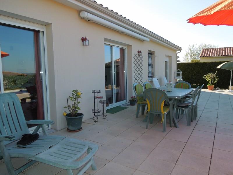 Maison  vendre en Poitou Charentes  Charente Villebois Lavalette BELLE MAISON  PLAINPIED 3