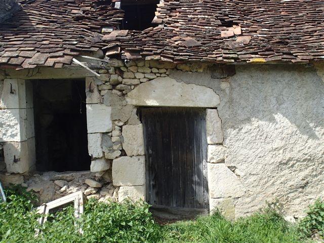 Maison  vendre en Centre  Indre ST HILAIRE SUR BENAIZE Projet de restauration Btiments en