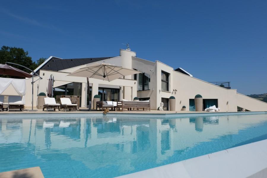 Maison  vendre en Rhone Alpes  Haute Savoie SALES Superbe moderne maison de 4 chambres au