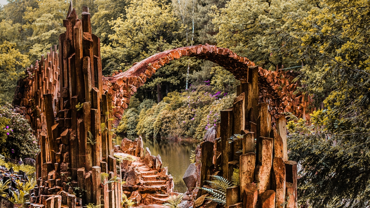 Fantasy stone bridge over the river in Germany  Free photos