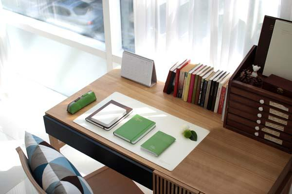 Satechi Desk Mat  Mate Pad for A Perfect Workspace