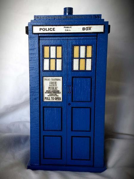 Doctor Who Tardis Wood Coin Bank Gadgetsin