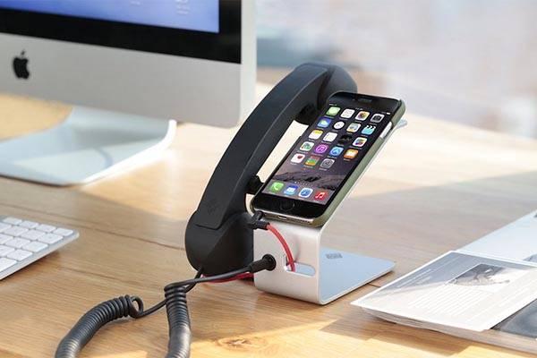 Pop Desk Docking Station with Detachable Handset for