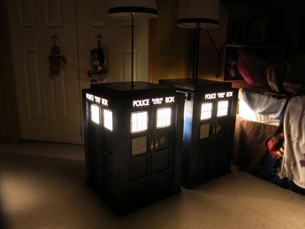 Build Your Own TARDIS Bedside Table with Builtin Lamp