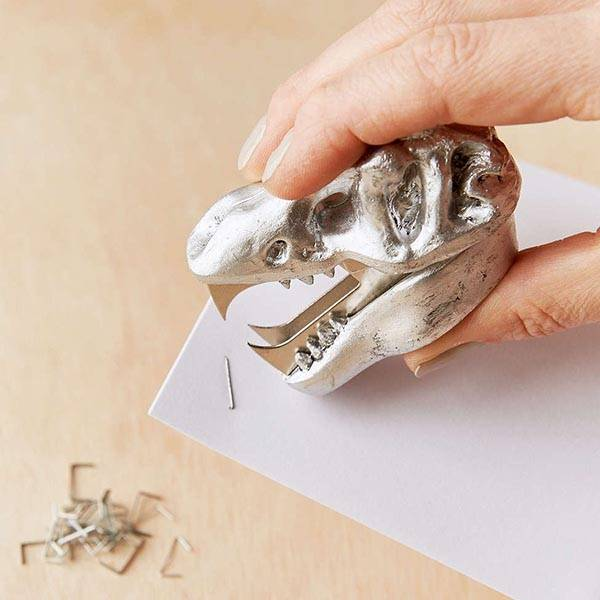 Dinosaur Skull Staple Remover  Gadgetsin
