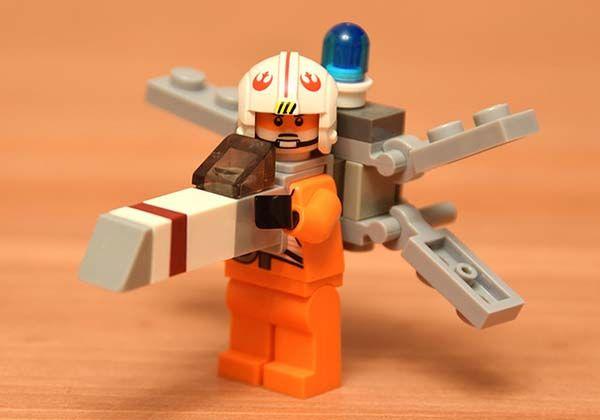 The Minimal LEGO Starship Costumes Fit Star Wars