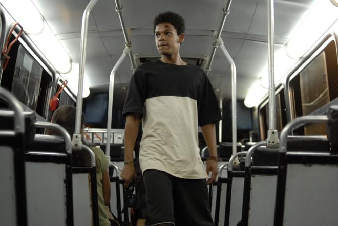 "Última Parada 174"" recria sequestro de ônibus no Rio"