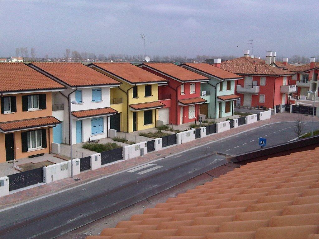Jesolo Lido Disponibili case a schiera di nuova costruzione poste su due livelli fuori terra