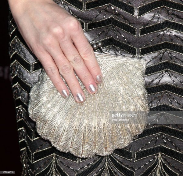 Actress Jen Lilley Attends Sue Wong' Great Gatsby Fall