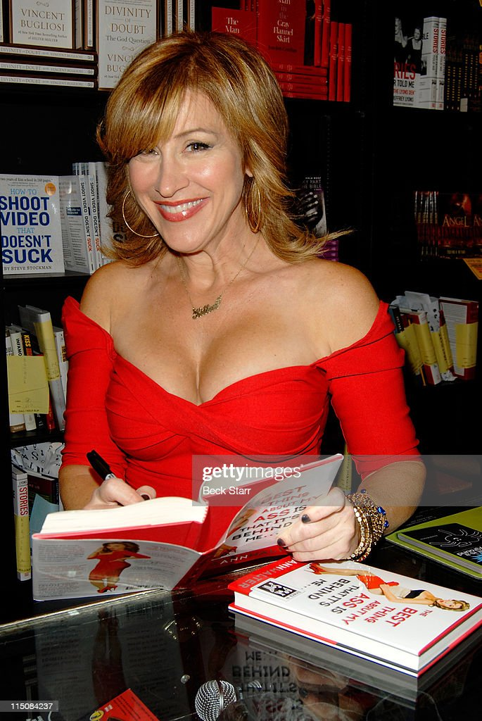 Actress Lisa Ann Walter signs copies of her new book The