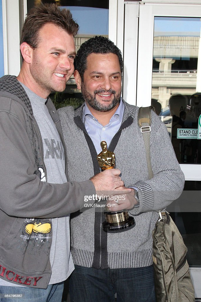 Alexander Dinelaris seen at LAX on February 23. 2015 in Los Angeles.... Photo d'actualité - Getty Images