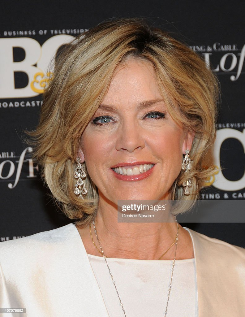 Deborah Norville New Haircut Stock Photos And Pictures Getty Images