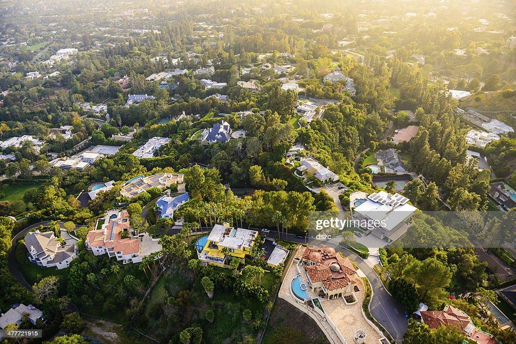 beverly hills mansions landscape