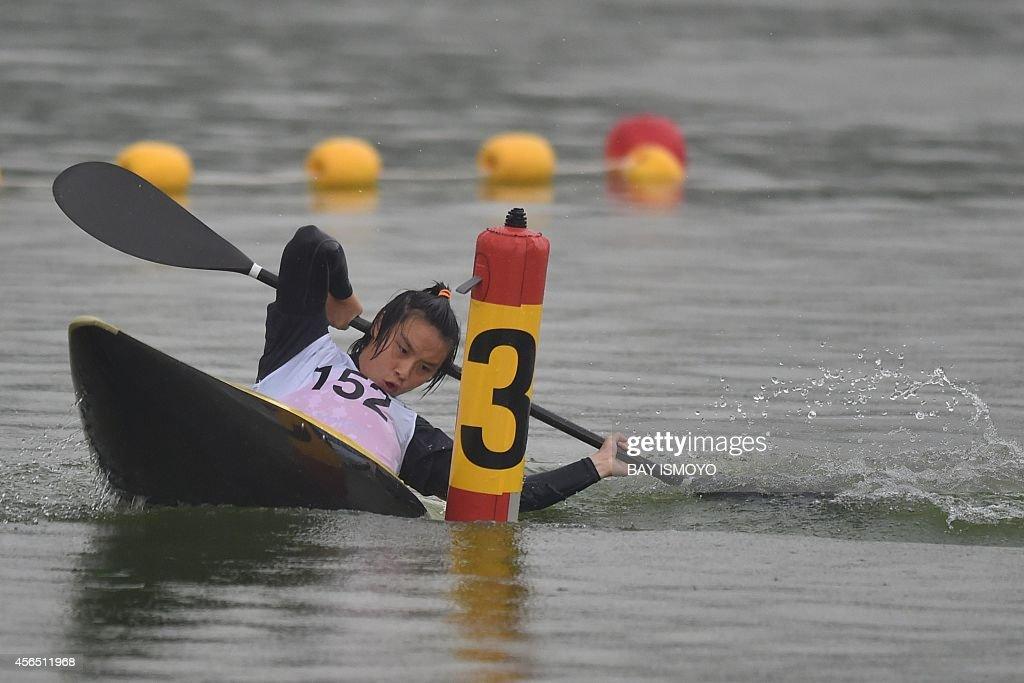 Chang Chu Han Of Taiwan Competes During The Kayak Single