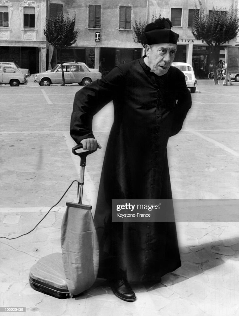 Don Camillo Et Ses Contestataires : camillo, contestataires, Scene, Camillo, Contestataires., Actor, During..., Photo, Getty, Images