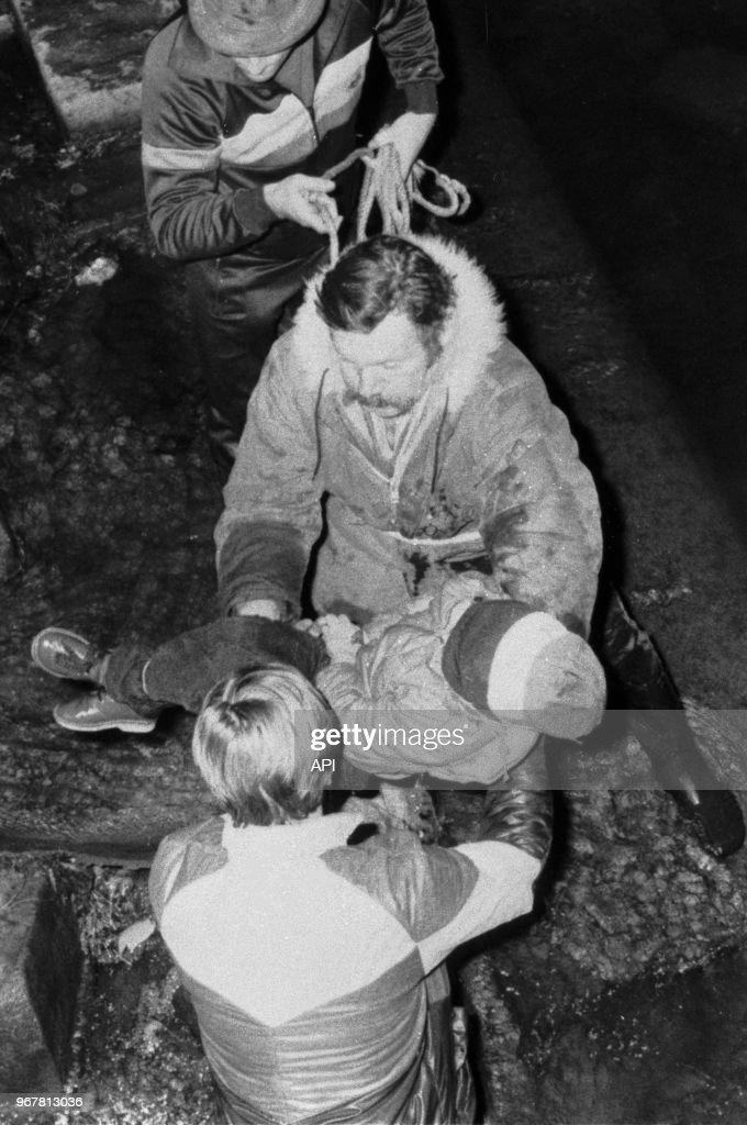 Gates, the young surgeon assistant of dr. Des Pompiers Remontent Le Corps De Gregory Villemin Retrouve Mort News Photo Getty Images