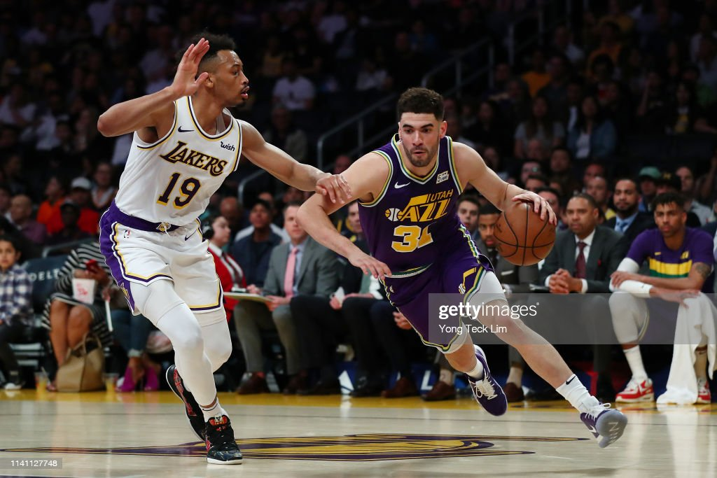 Georges Niang of the Utah Jazz drives against Johnathan Williams of... News Photo - Getty Images