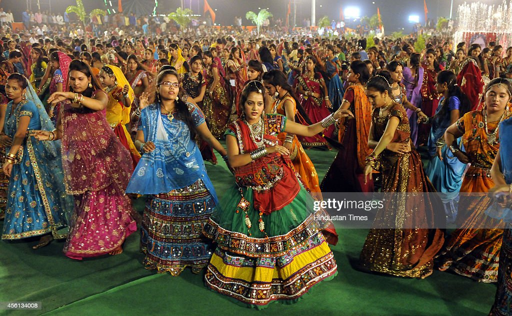 Garba Dance Stock Photos And Pictures