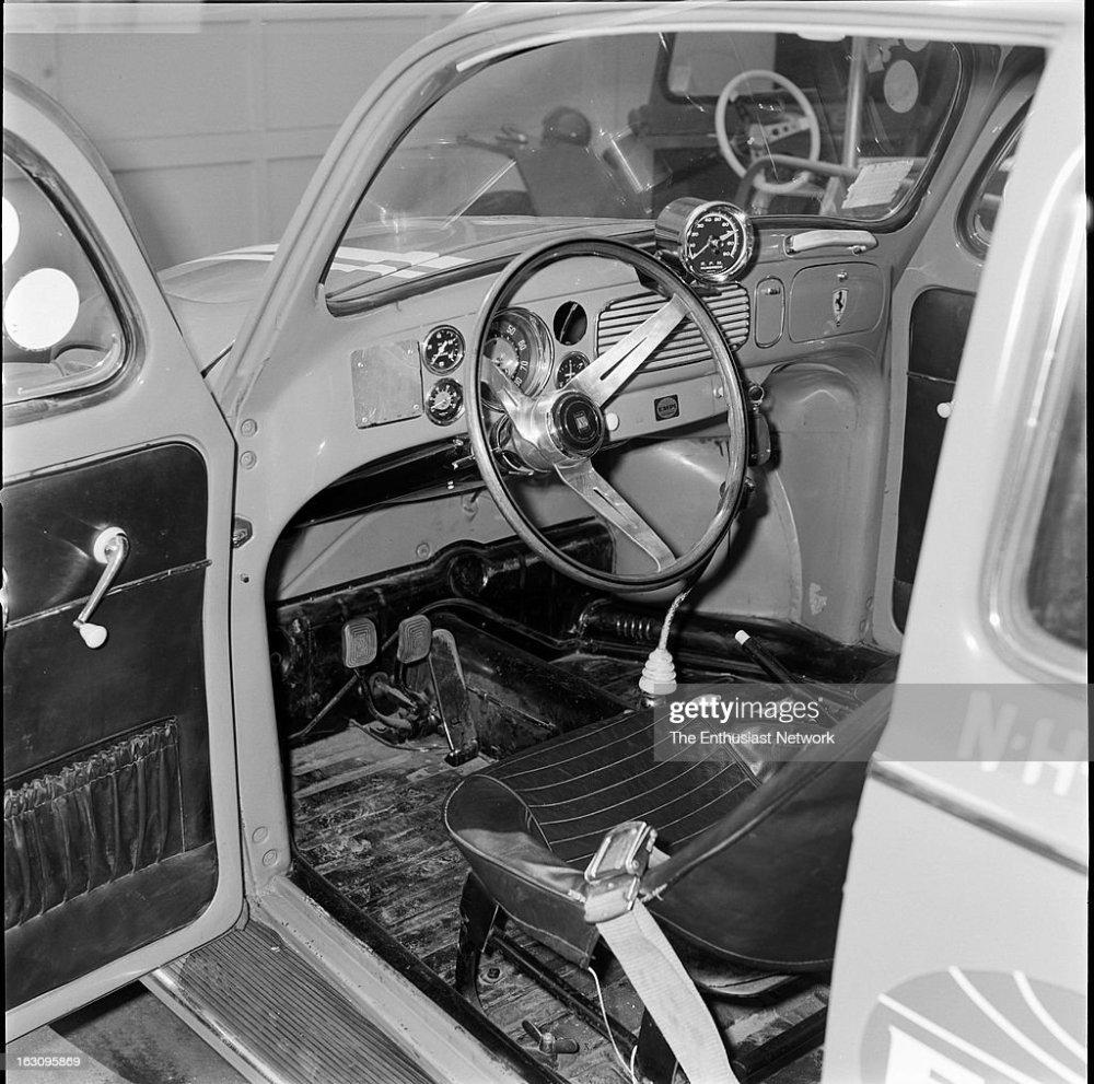 medium resolution of inch pincher vw beetle drag car empi news photo