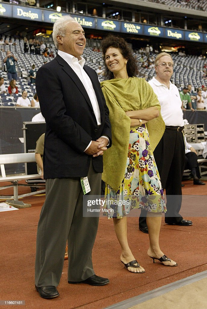 Jeffrey Lurie Wife Photos and Premium High Res Pictures - Getty Images