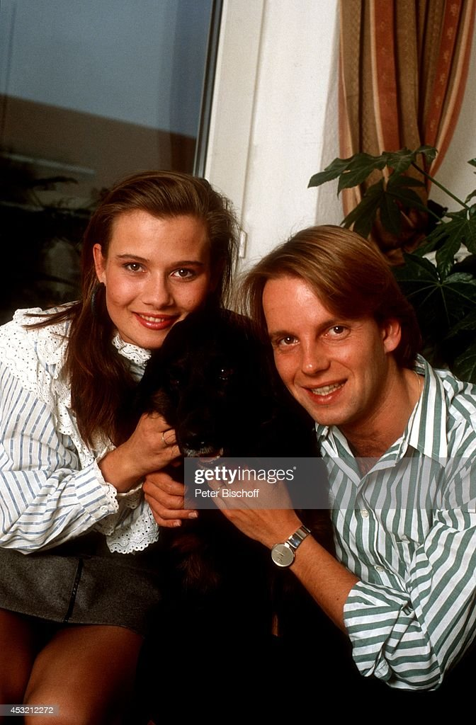 Jenny Jrgens am 24021988 zu Hause in Mnchen Pictures  Getty Images