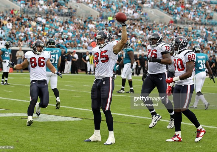 Jason Hill Wide Receiver Jason Hill 83 Of The Jacksonville Jaguars