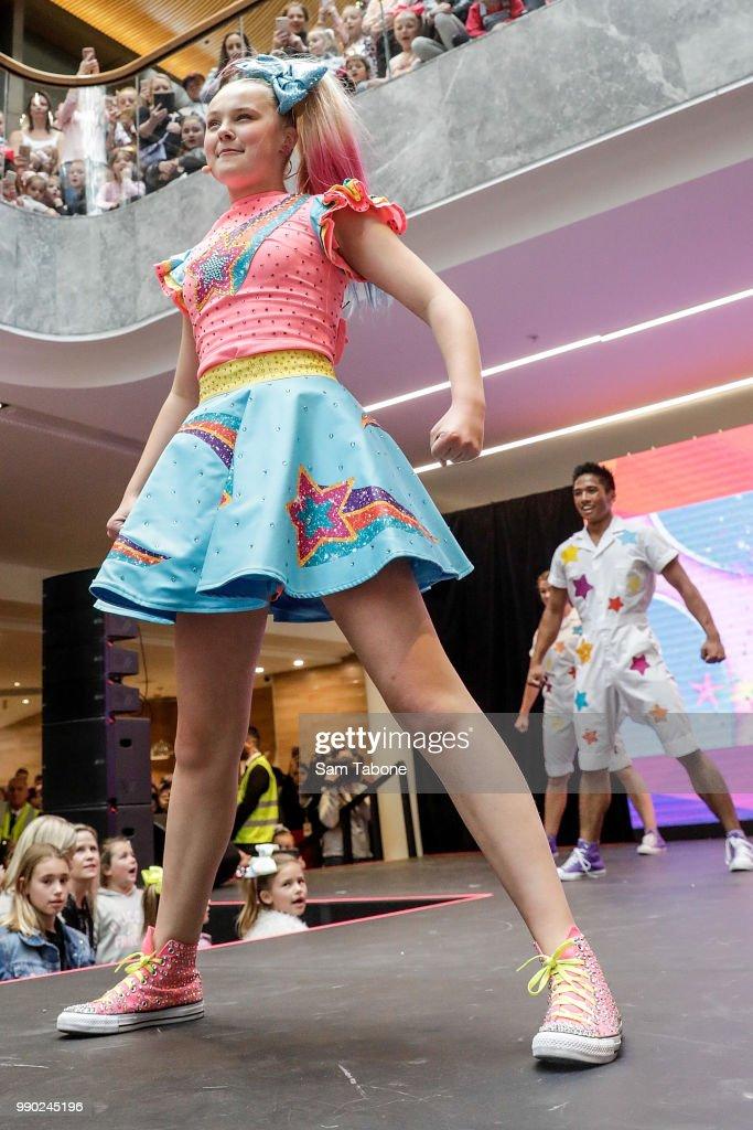 Jojo Siwa Melbourne : melbourne, Performs, Eastland, Melbourne,..., Photo, Getty, Images