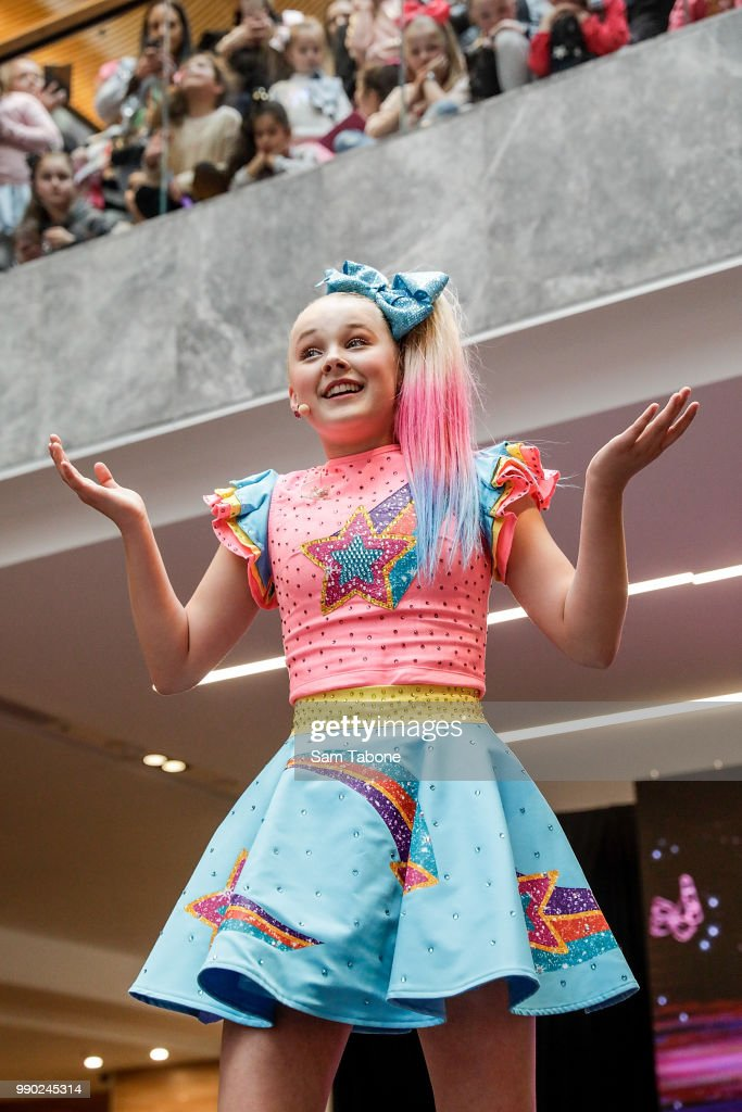 Jojo Siwa Melbourne : melbourne, Australian, Melbourne, Photos, Premium, Pictures, Getty, Images