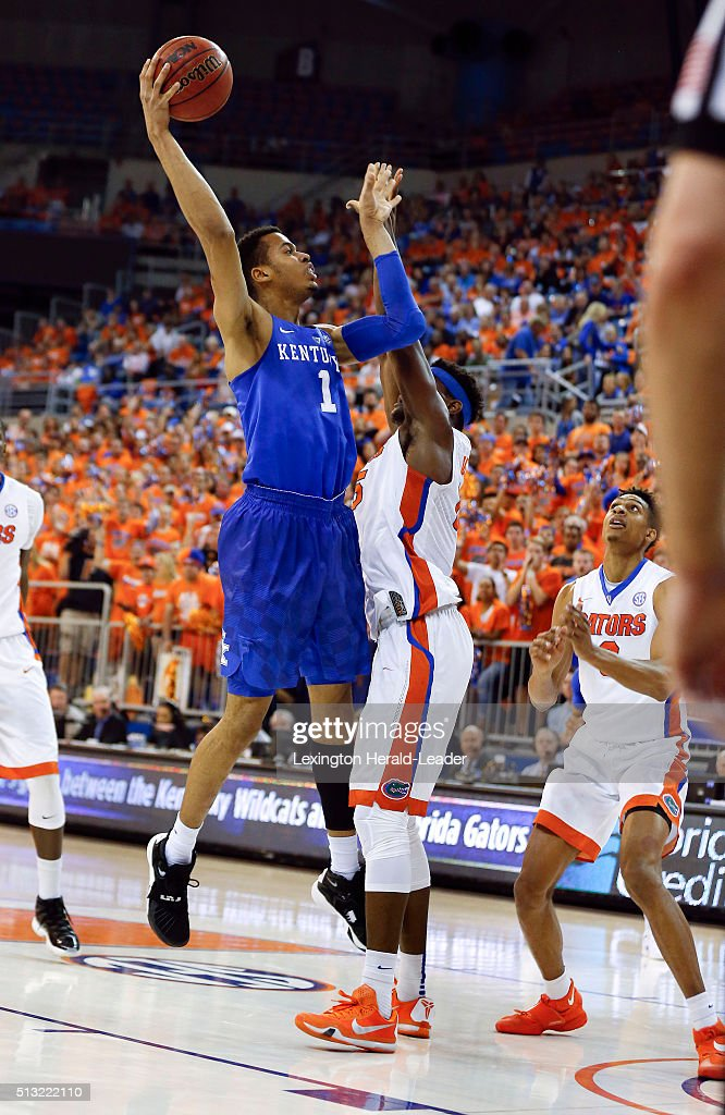 Kentucky Wildcats forward Skal Labissiere scores on Florida Gators... News Photo - Getty Images