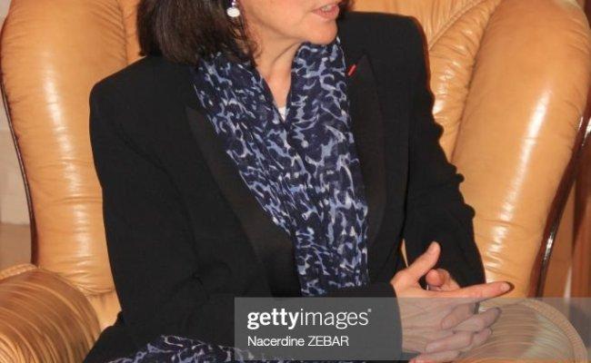 La Maire De Paris Anne Hidalgo Lors De Sa Visite Le 7